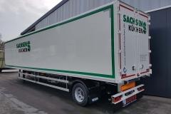 1 Achs Sattelauflieger mit Zwangslenkung und Neumöbel Kofferaufbau (1)