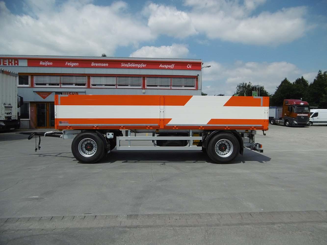 2 Achs Drehschemel Anhänger mit Staplerhalterung und offenem Bordwandaufbau (4)