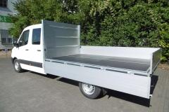 Aluminium Bordwandaufbau für Transporterklasse mit multifunktionaler Ladungssicherung (1)
