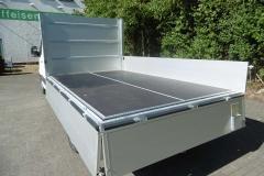 Aluminium Bordwandaufbau für Transporterklasse mit multifunktionaler Ladungssicherung (2)