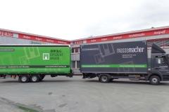 Gliederzug mit Koffer-LKW Aufbau mit Ladebordwand und Tandemanhänger mit Schiebespann Planenaufbau (2)