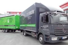 Gliederzug mit Koffer-LKW Aufbau mit Ladebordwand und Tandemanhänger mit Schiebespann Planenaufbau (4)