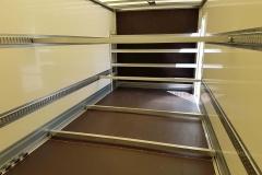 Kofferaufbau in Plywood Bauweise mit Seitentür und hinter schlagender Ladebordwand als Messe Begleitfahrzeug (1)