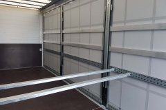 Ladungssicherungs Einstecklatten mit Querstangen zur rückwärtigen Ladungssicherung