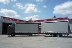 LKW und Anhänger mit Schiebespannplanen (2)
