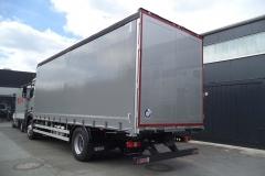 Schiebespannplanenaufbau mit Eisfreisystem auf LKW Fahrgestell (1)