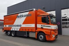 Schiebesplann Planenaufbau mit Staplerhalterung auf LKW Fahrgestell (3)