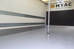 spezieller Giesboden für den Lebensmitteltransport mit senkrechter Klemmstangen Aufnahme (1)